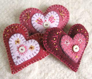 Rose heart felt brooches 1